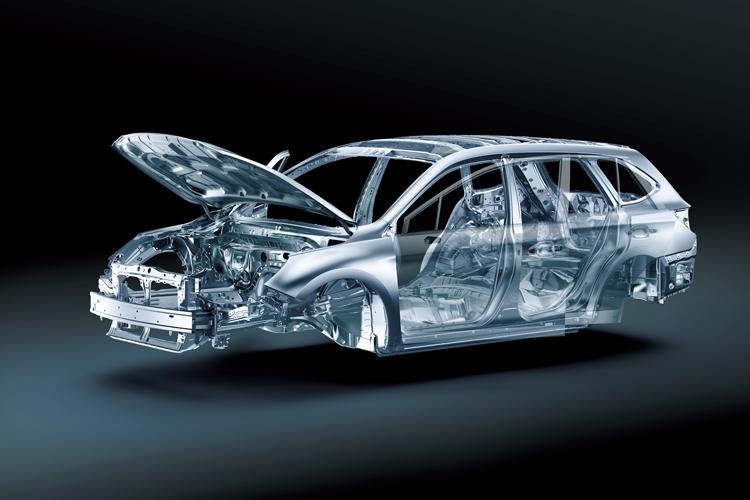 車體構造經過重新優化處理,抗扭曲剛性比上代提升67%。