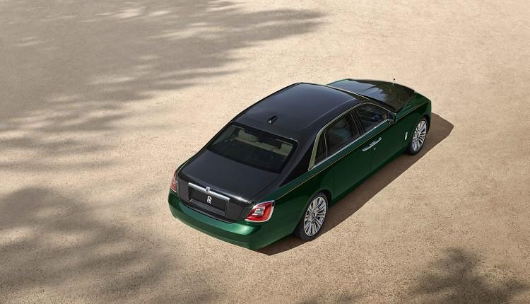 Ghost Extended的車長比起一般車型長170mm達到5,716mm,軸距則是從3,295mm來到3,465mm。
