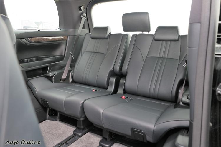 第三排非獨立座椅,以防不時之需的乘載需求。