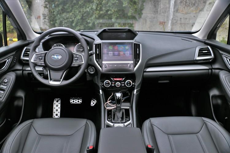 車內以高質感、大氣風範作為主要訴求,一應俱全的實用配備增添便利性。