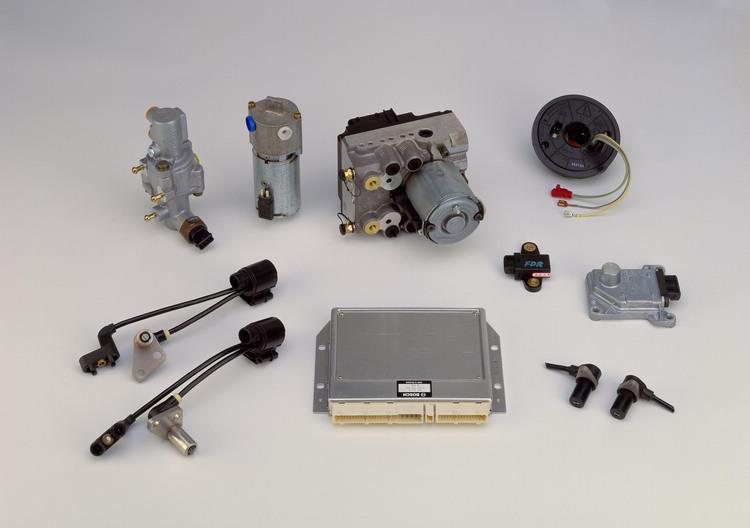 ESP系統的關鍵零組件構成,在M-Benz推出此向革命性發明之後,其他車廠也開始陸續跟隨加入。