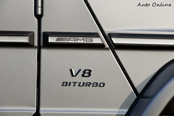 SLS AMG也是V8,但G大哥還有雙渦輪,王者風範呀。