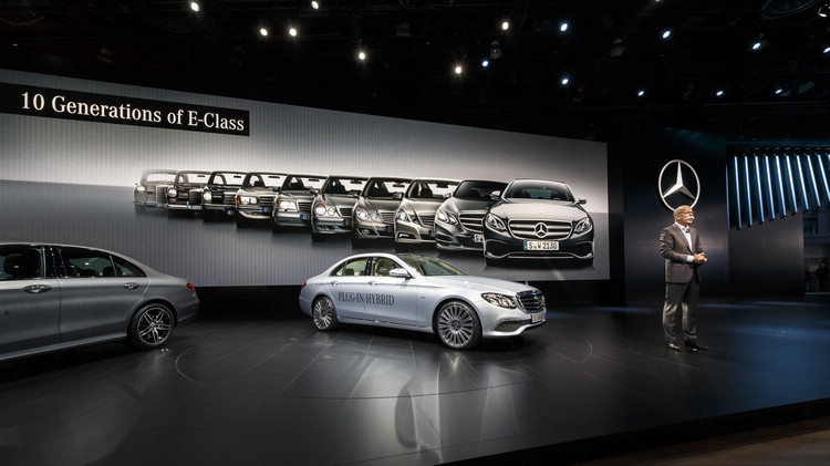 E-Class是Mercedes轎車系列中最具代表性的重要產品,也是象徵該品牌在車輛科技領導地位的最大招牌。