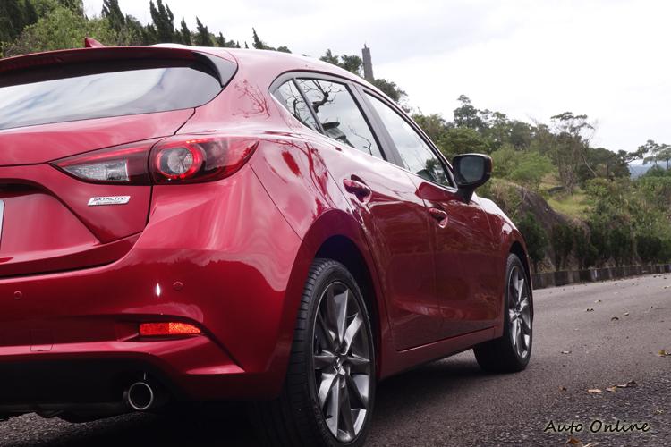 這一代Mazda3上市以來,魂動外型讓它贏得每個年齡層的買家讚賞。