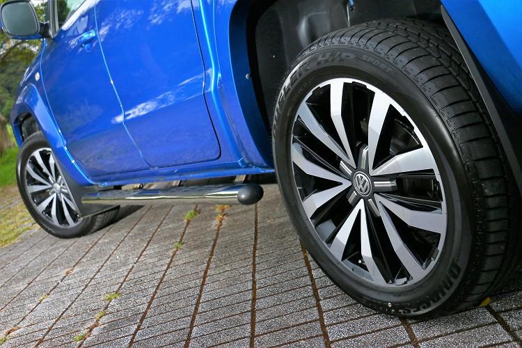 Bridgestone Dueler H/P SPORT休旅車胎,想要在泥濘或者鬆散泥路、沙路上行駛有點難度。