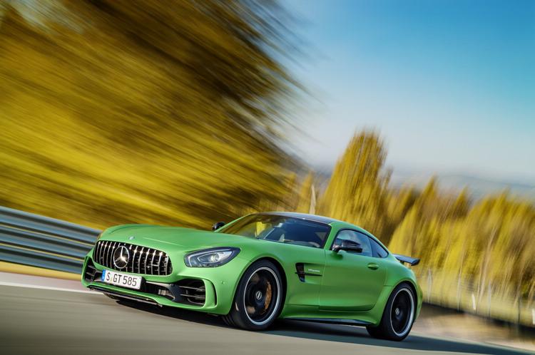 猛獸級道路版賽車 Mercedes-AMG GT R預計七月底在台灣發表。