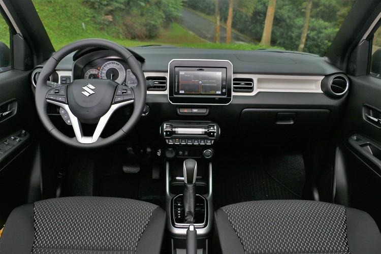 車內布局延續車外相同風格,善發出活力奔放年輕氛圍,而配備鋪成不花拳繡腿所有的功能都符合日常需求。