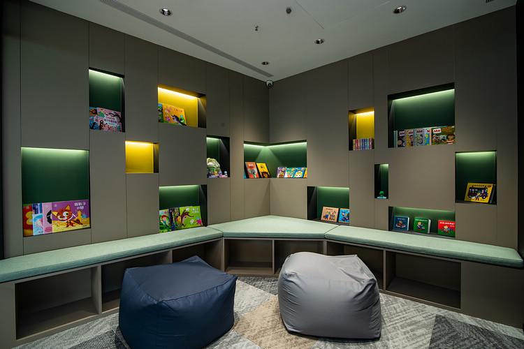 休憩區亦設有專屬兒童遊戲室與育嬰室,給予所有蒞臨的車主貴賓,設想周到的安心高品質服務。