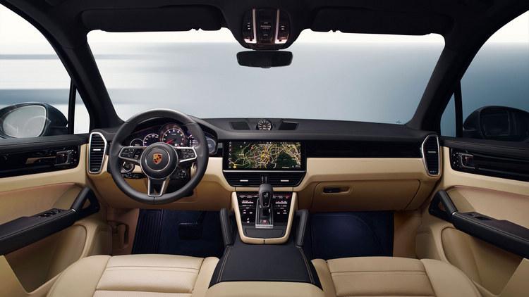 更豐富的標準配備提昇更舒適的駕乘體驗,新一代Cayenne勢必將會成為豪華休旅車的新標竿。