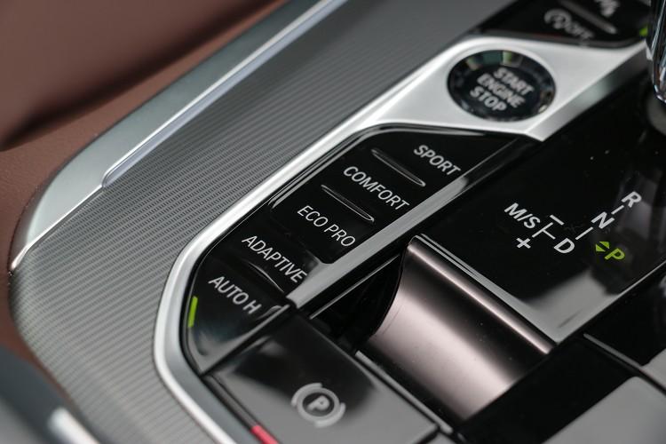 行車模式的切換可得到不同駕馭風格。