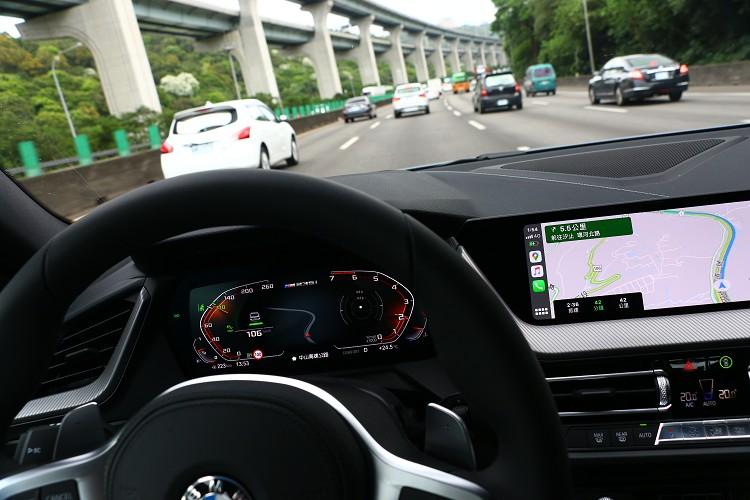 主動安全只有主動車距控制系統,並未配備更高層次的主動車道維持系統。