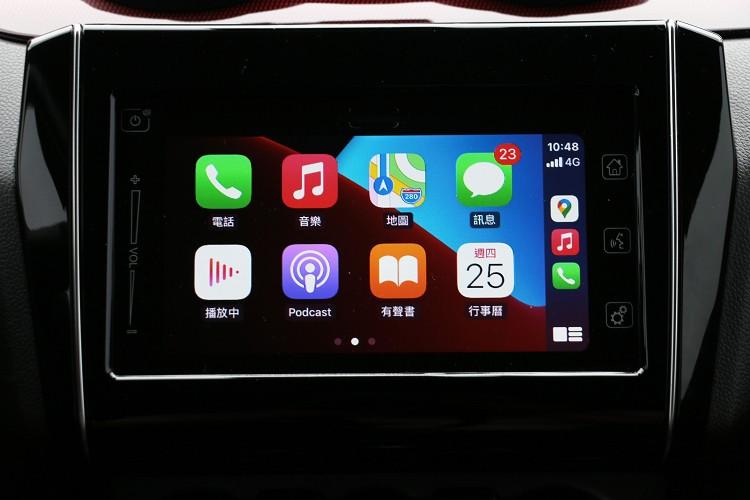 原裝日本音箱系統支援Apple CarPlay。