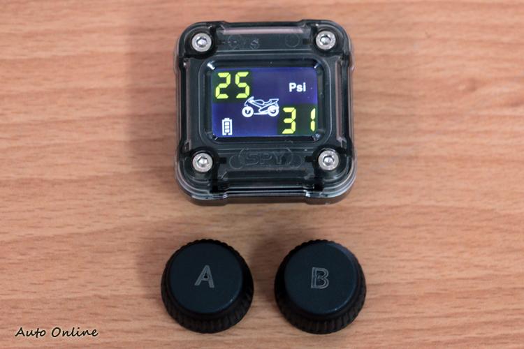 小妖姬可分為顯示器與前後輪傳感器兩個部件。