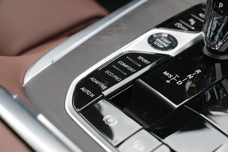 行車模式的不同在大型休旅車上特別明顯。