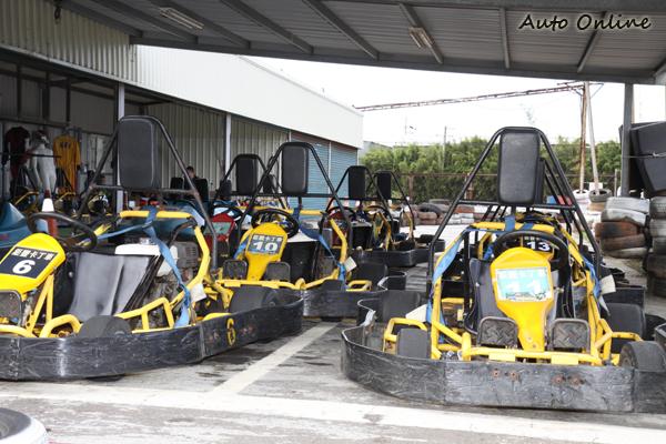 一般GO KART賽車場所準備的車款,還是以四衝程的練習車為主。