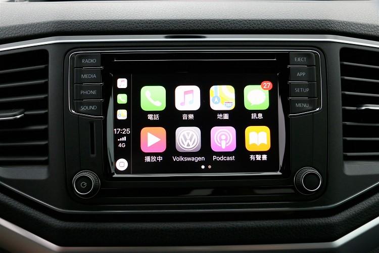 6.3吋彩色螢幕Composition Media音響系統與App-Connect手機多媒體連結功能。