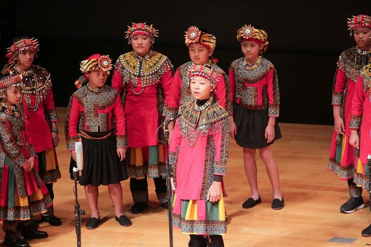 偏鄉原住民地磨兒合唱團特別從屏東北上為凱泰叔叔獻唱