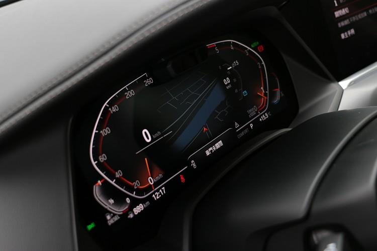 12.3吋虛擬儀表板可有多種樣貌呈現車輛狀態。