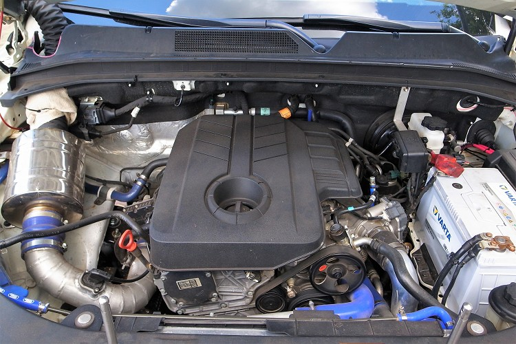動力方面則是維持原廠動力,2.2 升排氣量的e-XDi 220柴油渦輪引擎,可輸出180hp/4000rpm最大馬力與40.8kgm/1400-2800rpm最大扭力。