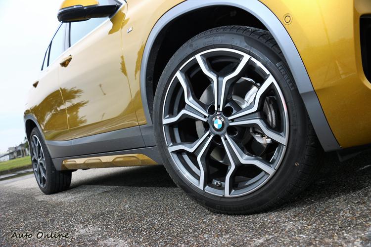 現在新車的輪胎尺寸越來越大,19吋的規格還可選配到20吋。