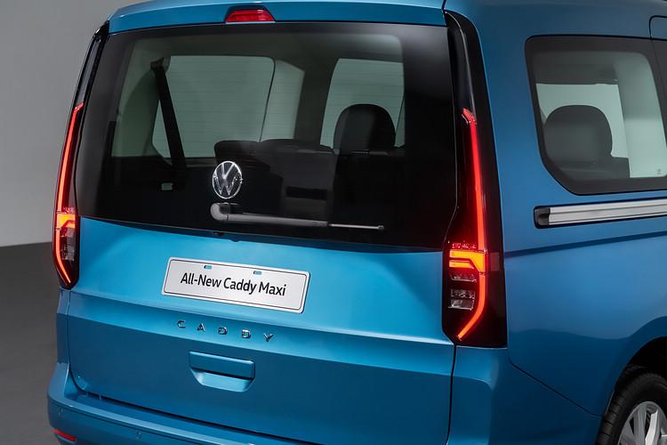 直立式尾燈設計是本世代Caddy特色之一,其中TDI Life版更導入LED發光科技。